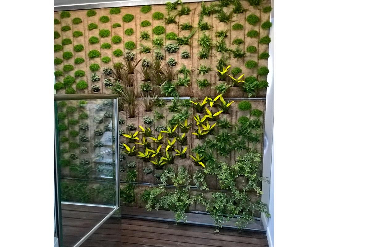 Giardino verticale indoor pellegrini giardini - Giardino verticale interno ...