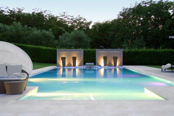 Villa In Campagna Con Giardino E Piscina Minimal Pellegrini Giardini