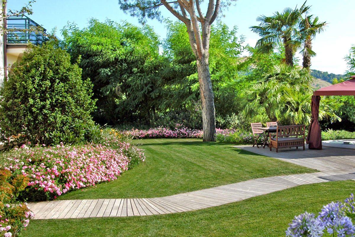 Sistemare un vecchio giardino con un buon progetto - Sistemare un giardino ...